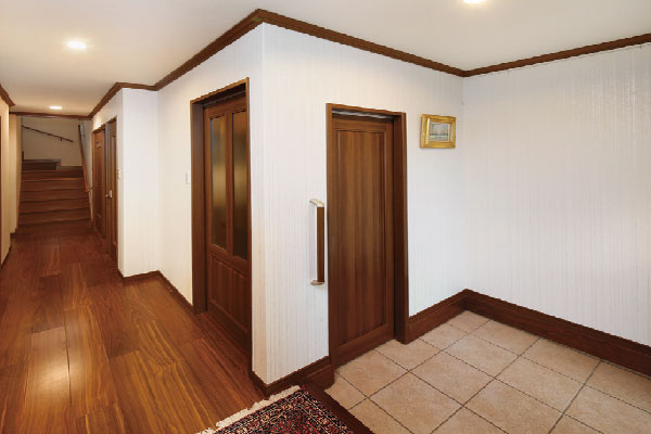 玄関ホールや収納も増設